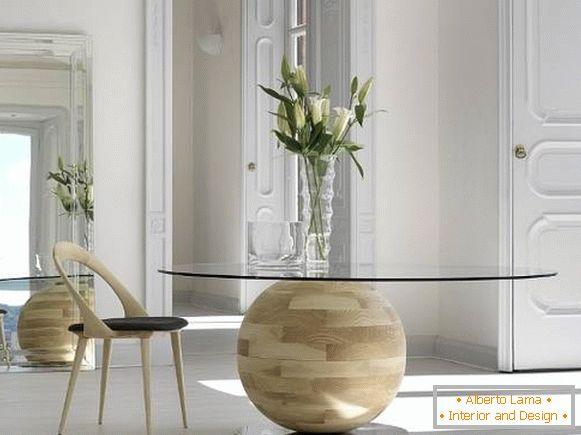 Невообичаена тркалезна трпезариска маса за ку�ната или дневната соба